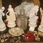 Antiques Dealers London