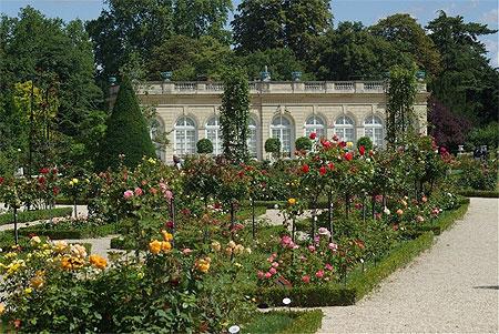 Parc De Bagatelle Paris