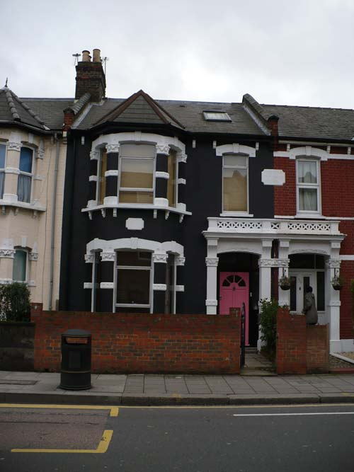 Purchasing House in London