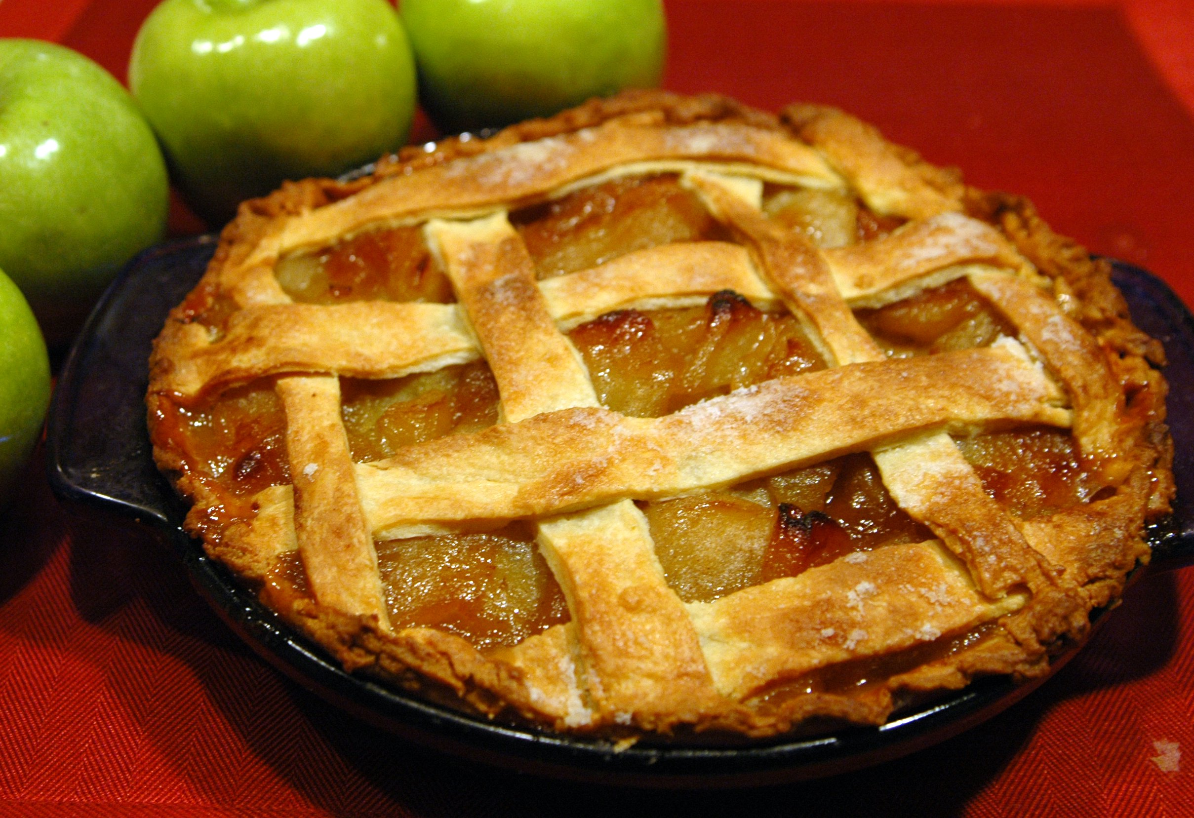 Apple Pie with Fresh Apples
