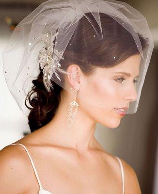 Guide to Elegant Wedding Hairstyles