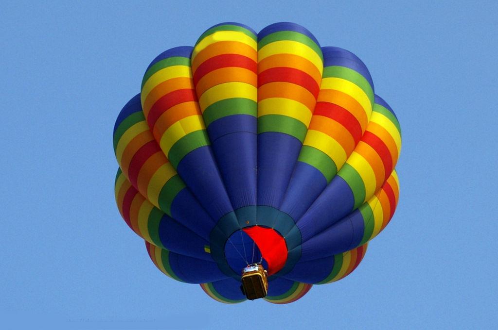 List of Hot Air Balloon Shops near London