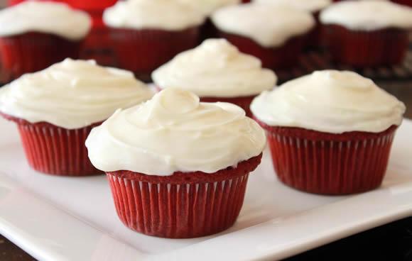 Red Velvet Pupcakes Recipe