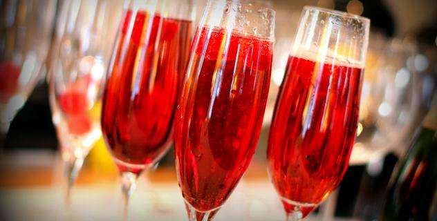 Sparkling Raspberry Wine Cocktail Recipe