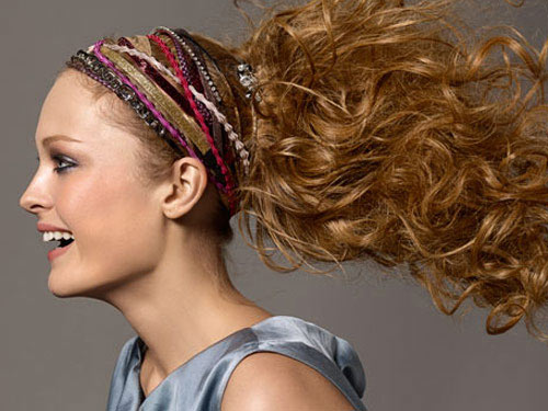 Hairstyles for Curly Haired Girls