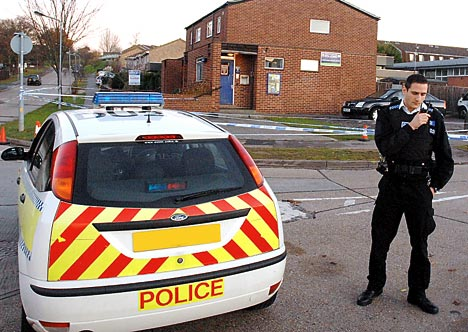 Police stations near Hainault station