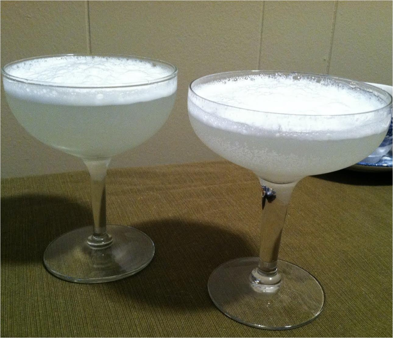Silver Fizz Cocktail