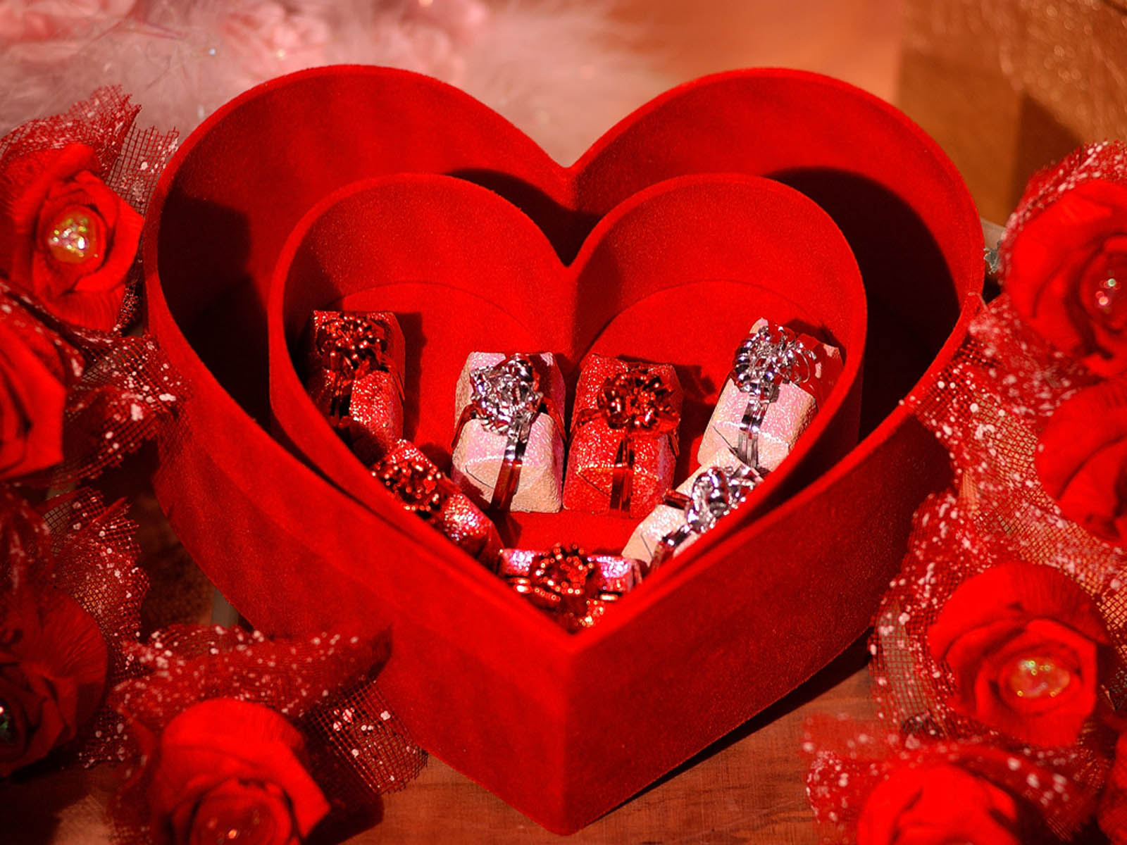 Buy Valentine Gifts in Paris