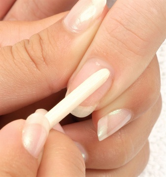 How To Apply Gel Nails