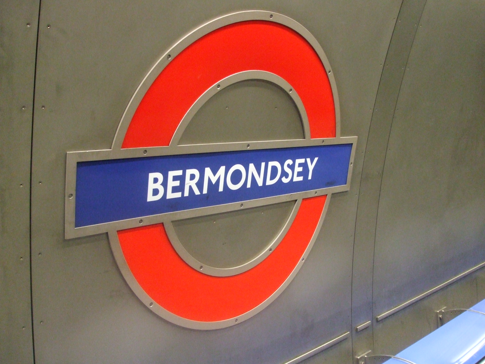 Bermondsey Tube Station