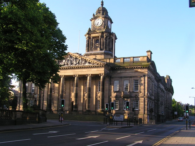 How to Travel from London to Lancaster