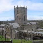 How to Travel from London to St Davids