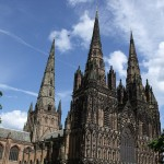 travel guide london to lichfield