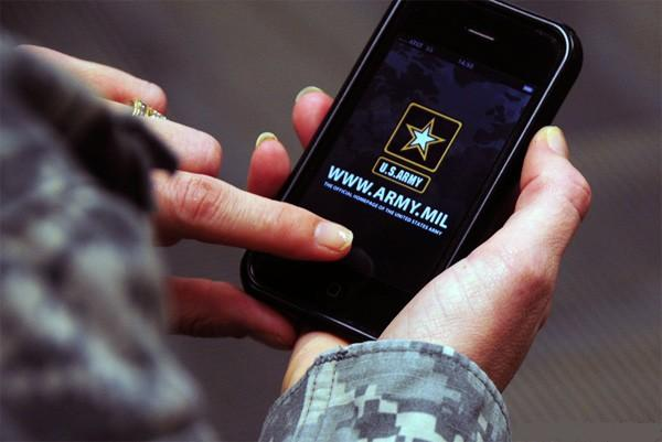 army-smartphone