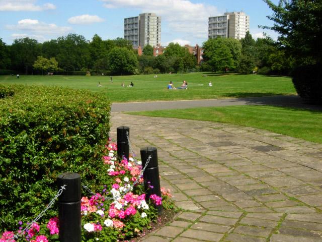 Guide about paddington recreation ground