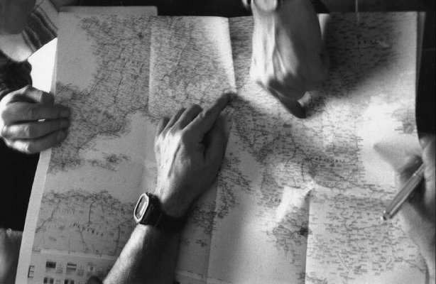 read a road map day