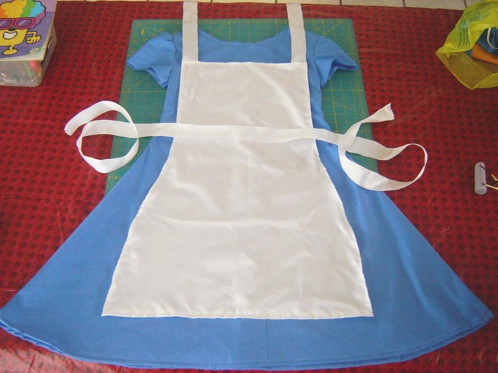 Alice in Wonderland dress copy