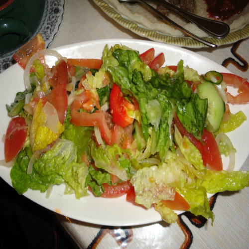 Chilli and Tomato Green Salad