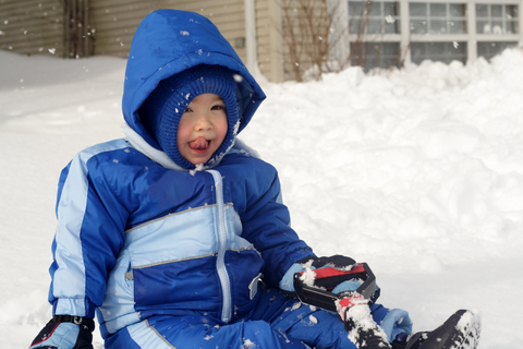 How to Dress a Toddler for Snow