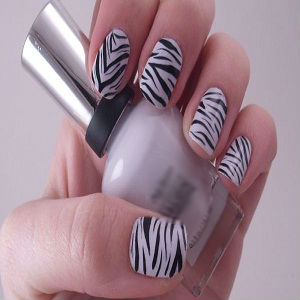 How to make Zebra Nails