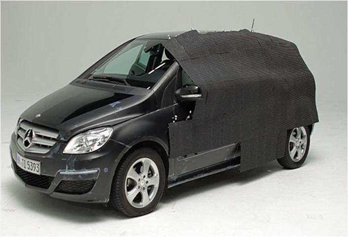 mercedes-invisible-car