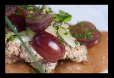chicken liver and grape warm salad