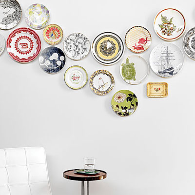How to Artfully Display Plates on a Wall2
