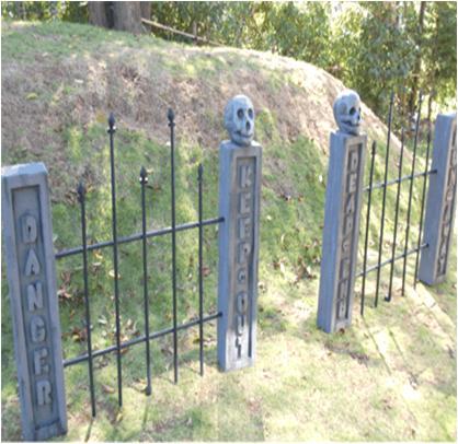 Make Spooky Garden Fence