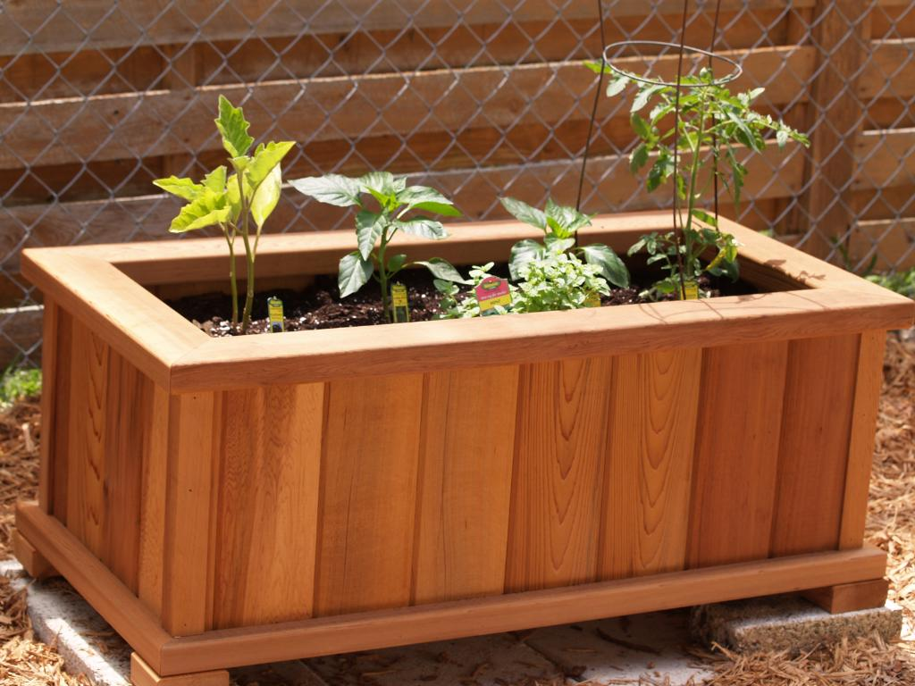How to build a planter box from an old fence for Planter box garden designs