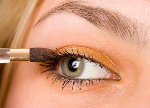 Applying Crease Eyeshadow