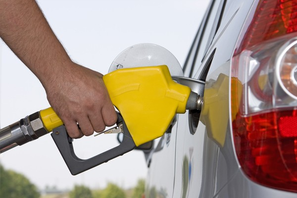 How To Fill Up a Gas Tank