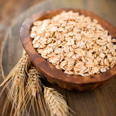 How To Make a Redness Reducing Oatmeal Mask