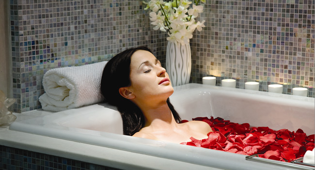 How To Make a Rose Petal Bubble Bath