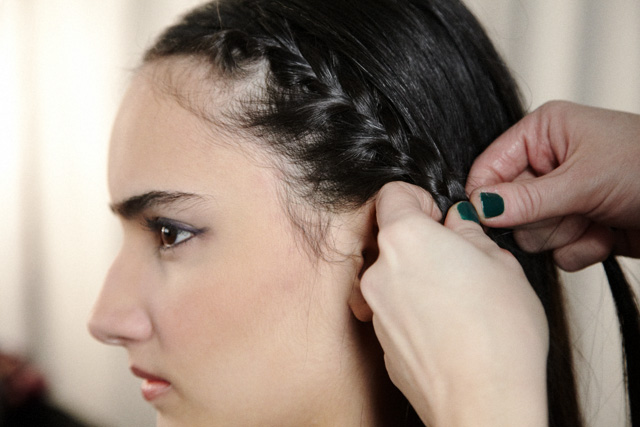 how to use a chignon
