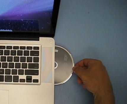 eject cd from a mac