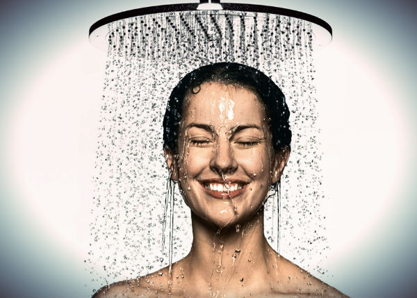 How to Keep Warm After Showering in Winter