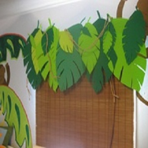 Foam Leaf Valance