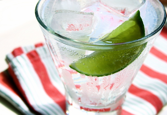 Gin And Tonic with Lime Juice