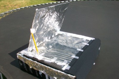 You Can Make A Solar Hot Dog Cooker Using Foil