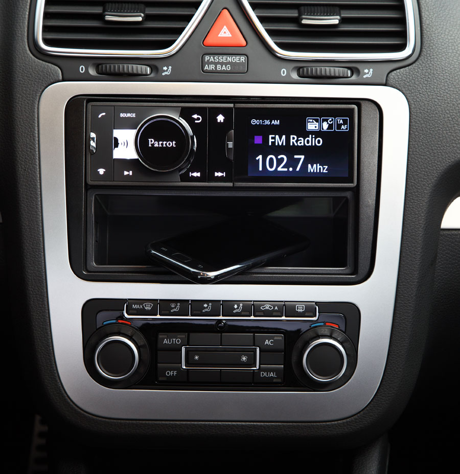 how to play iphone through car speakers