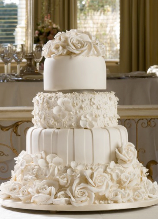 How to Preserve a Wedding Cake