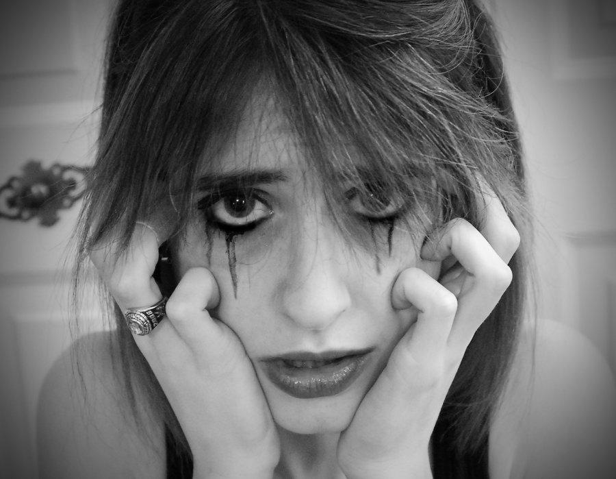 How to Prevent Dreaded Mascara Bleeding