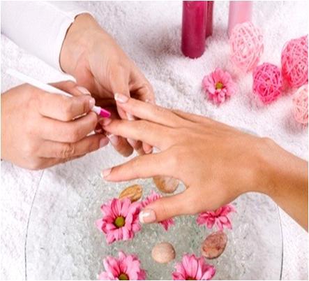 Fingernail Cuticle Pusher