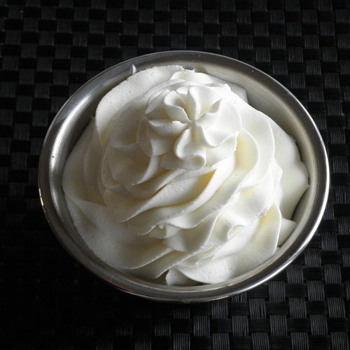... cupcakes with lemon whipped cream frosting whipped cream frosting
