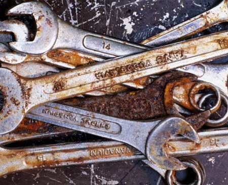 How to Remove Rust from Metal Tools
