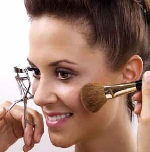 Tips to Apply Subtle Daytime Make Up