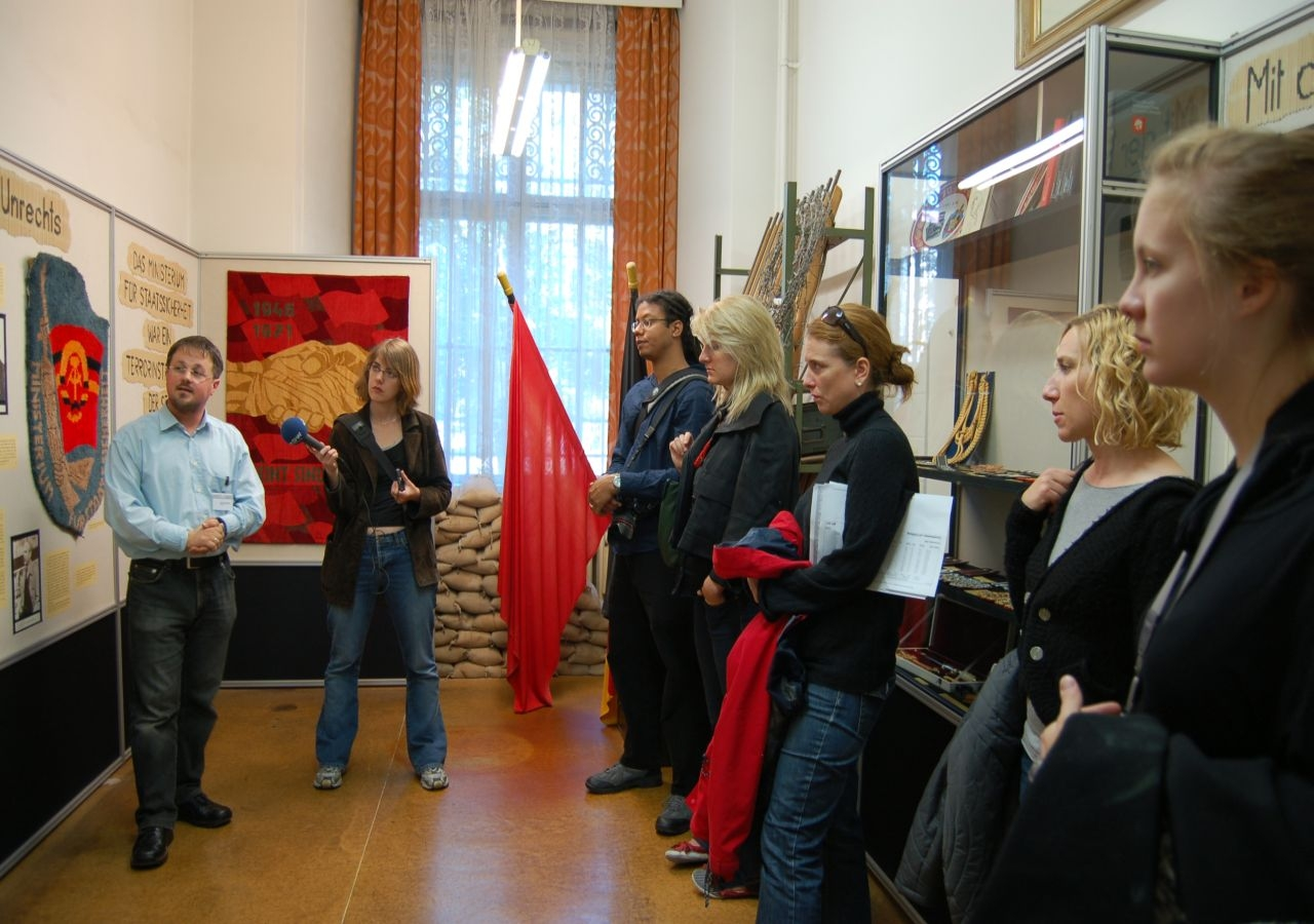 Tips about How to Become a Museum Tour Guide