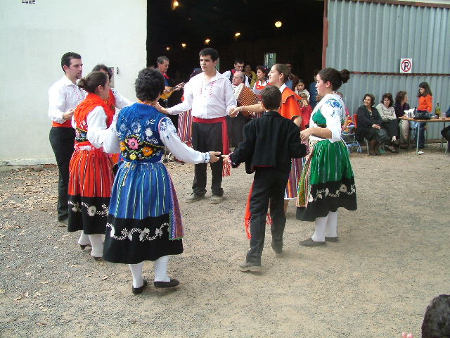 Dancing Portuguese Folklore