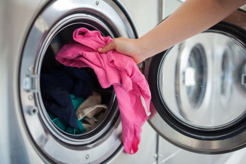 Tips about How to Load Clothes in Washing Machine