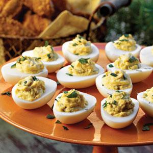 How to Make Easy Deviled Eggs